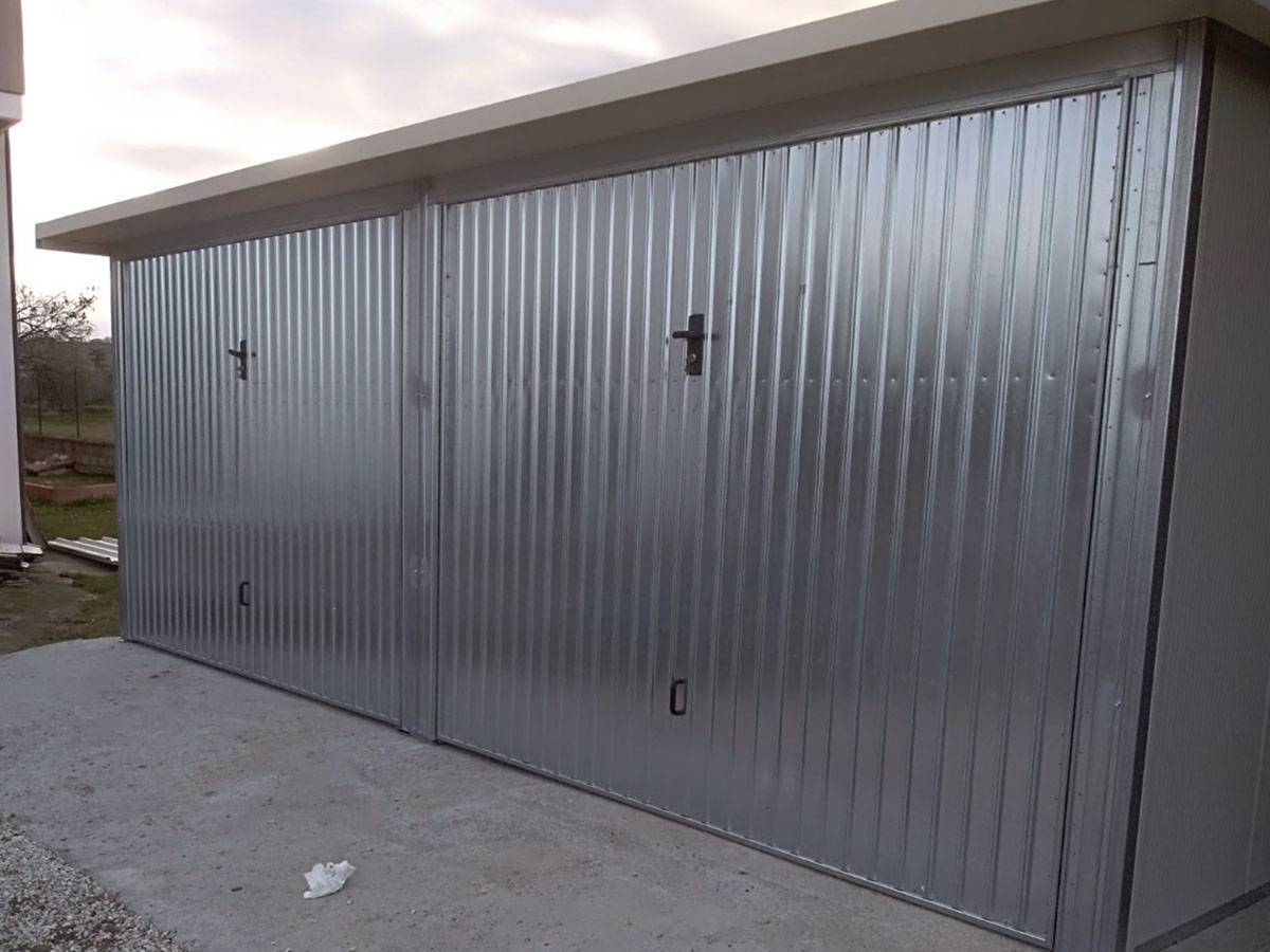 Garage box in lamiera for Box garage lamiera