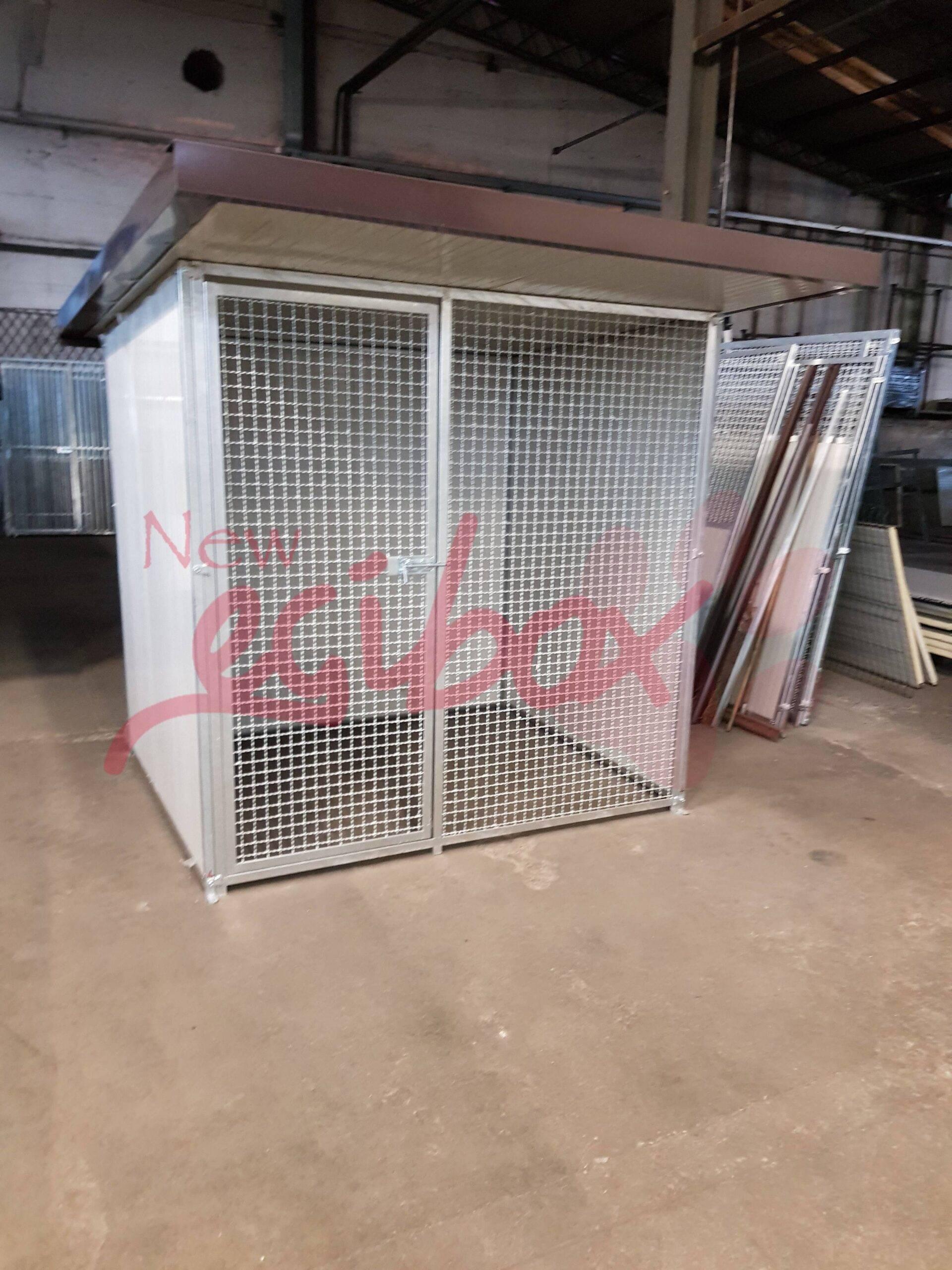 Box per cani Cucciona in rete